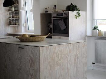 Unsere DIY-Küche aus Sperrholz: