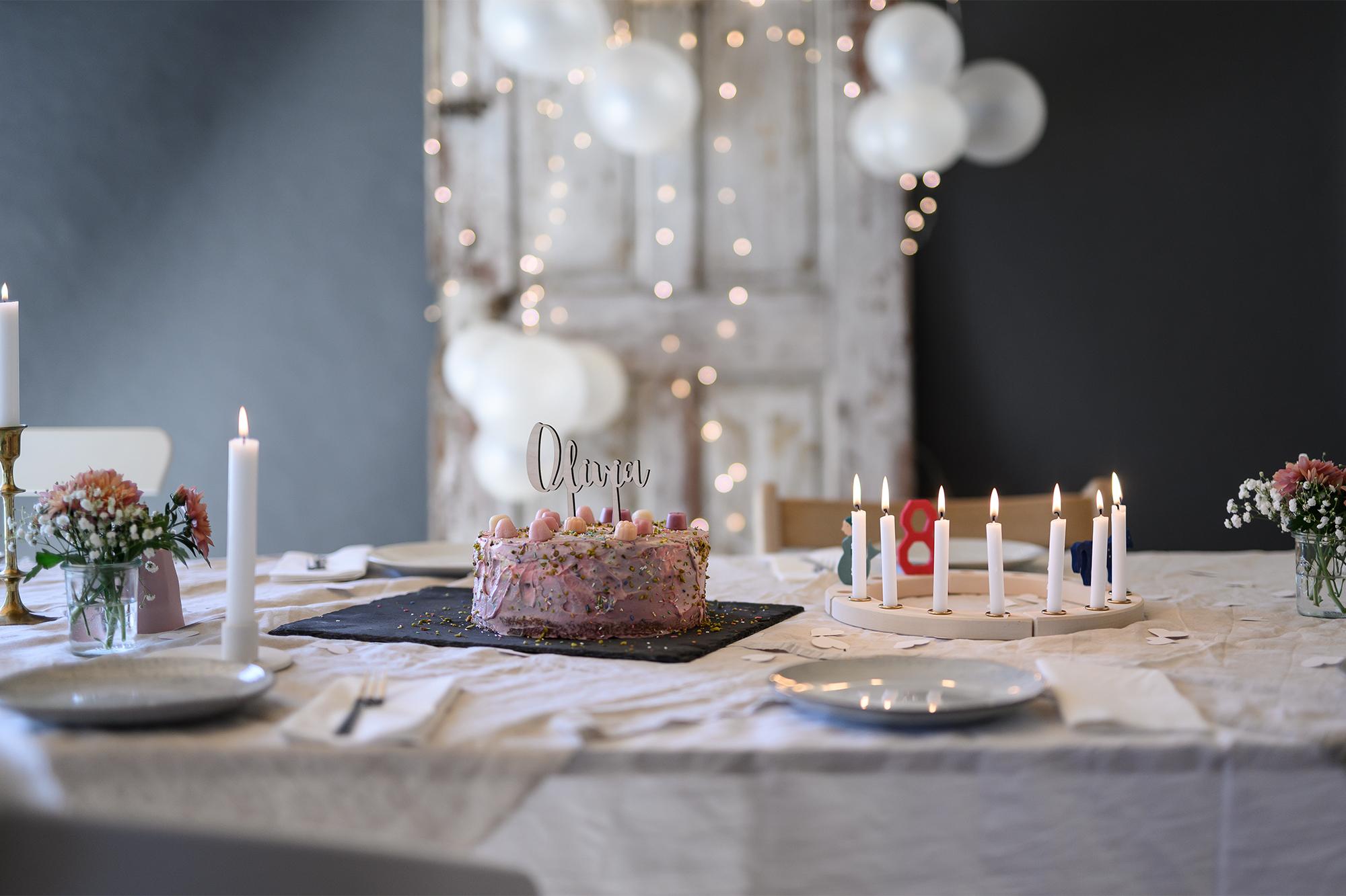 Geburtstagstafel zum 8. Geburtstag | apinchofstyle.com