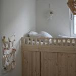 Kinderzimmer mit DIY-Ivar-Bett