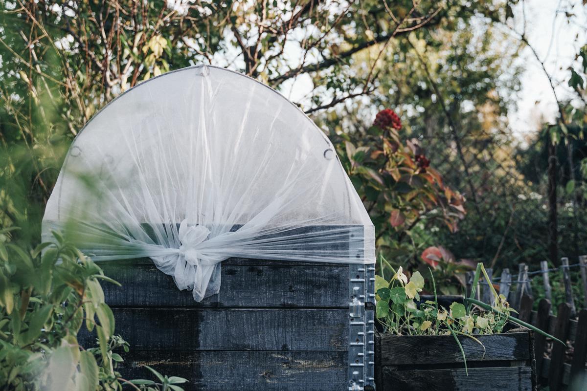 apinchofstyle.com | Gartenprofi Carolin Engwert zum Thema Hochbeet-Bau